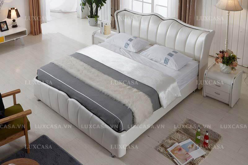 Showroom cửa hàng bán giường ngủ cao cấp chất lượng
