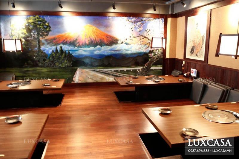 Chọn tranh giấy dán tường nhà hàng tiết kiệm hơn là sơn lại