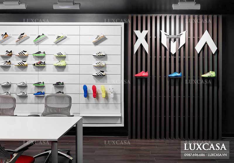 Chia sẻ những lưu ý khi thiết kế nội thất showroom giày